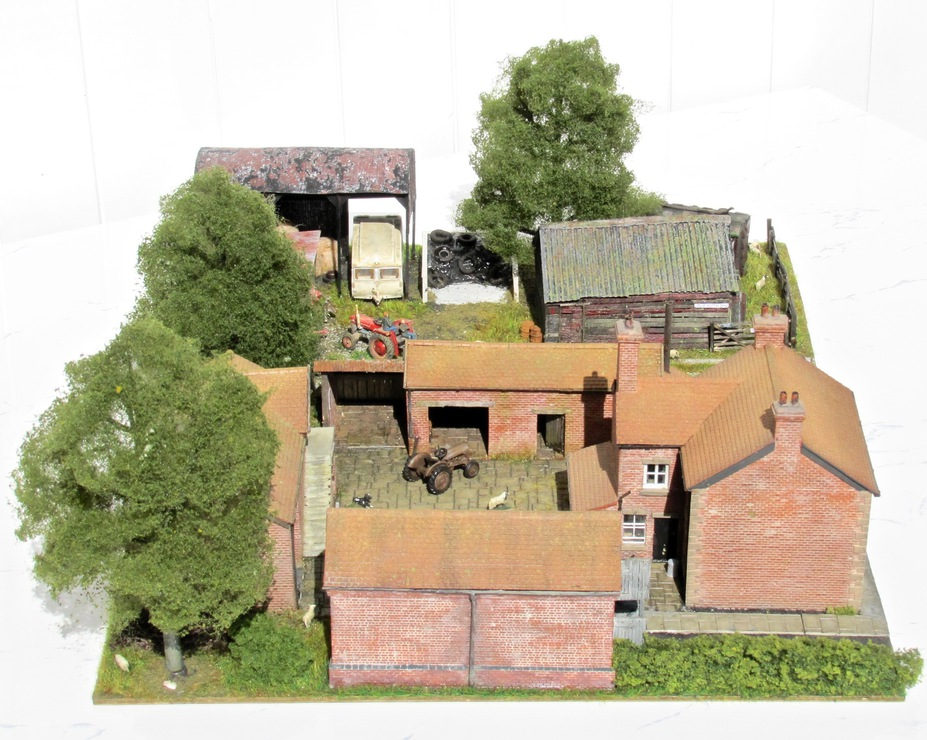 Home Farm B&B  4mm scale. Small 12