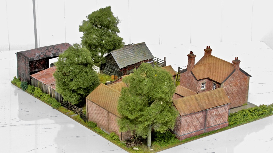 Home Farm B&B  4mm scale. Small 20