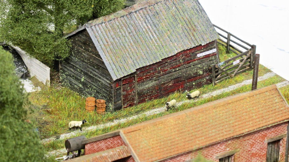 Home Farm B&B  4mm scale. Small 22