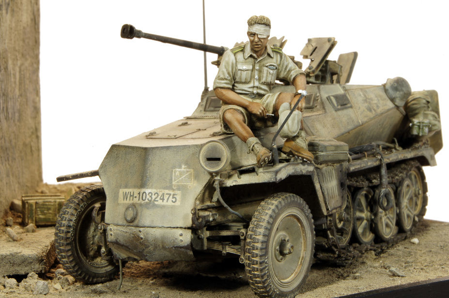 Miniscaping: Sd.Kfz 250/11 by Kev Smith
