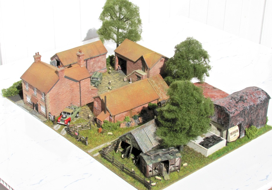 Home Farm B&B  4mm scale. Small